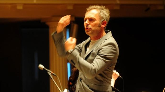 photo of charles Hazlewood conducting