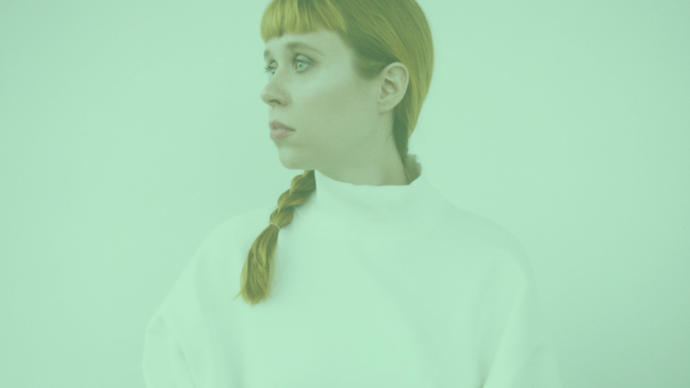 portrait of holly herndon in london