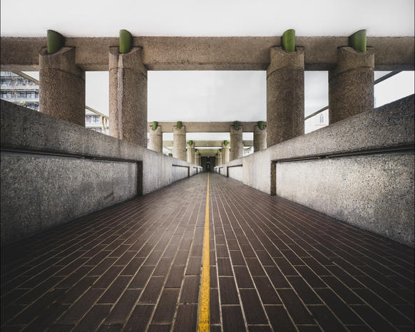 Photo of the yellow line on the Barbican highwalk