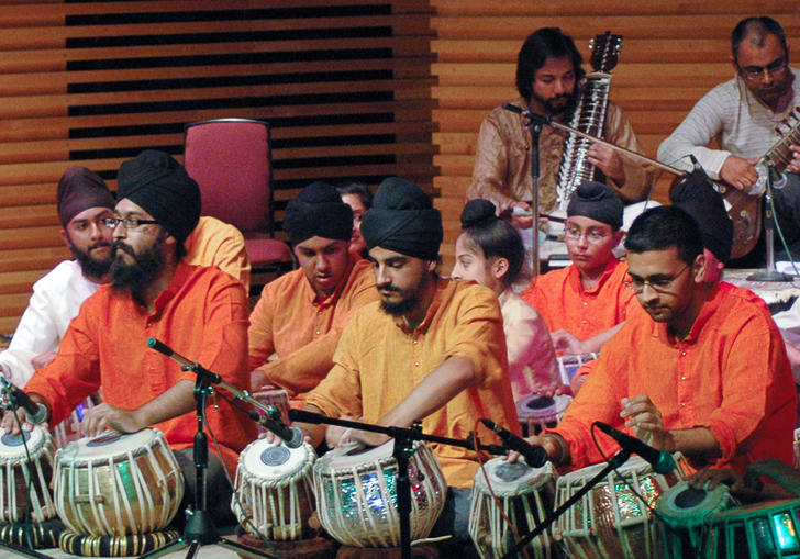 Chakardar tabla players