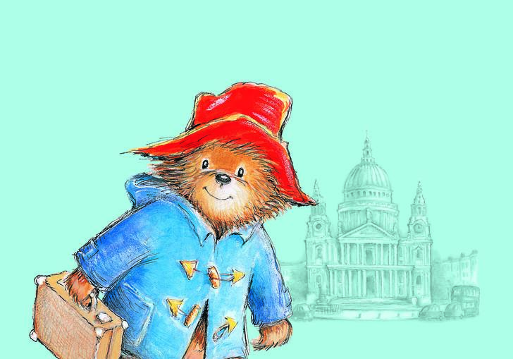 Paddington Bear standing outside St Paul's Cathedral