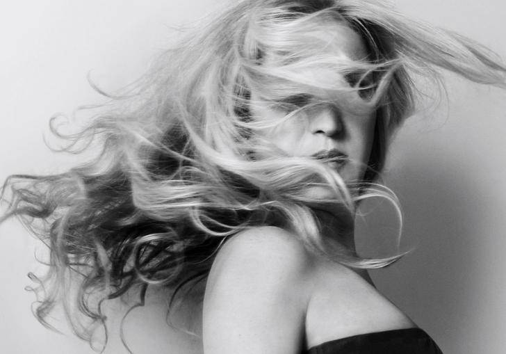 Eliane Elias whipping her hair