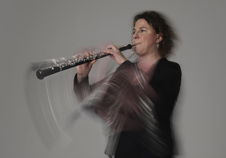 LSO player performs with motion marks