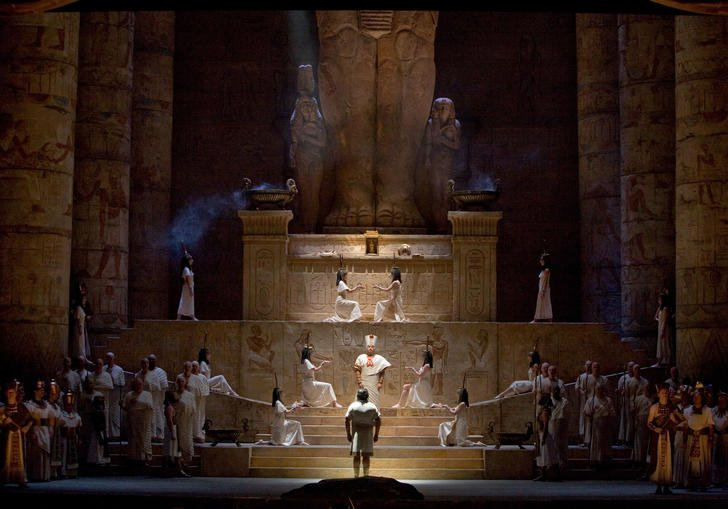 Egyptian staging