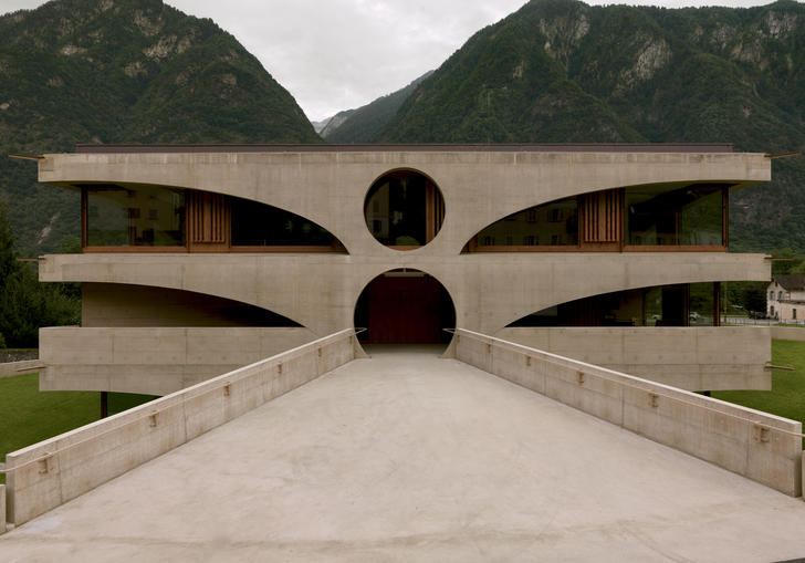 A Swiss school in Grono by Raphael Zuber