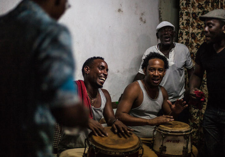 photo of cuban musicians playing music