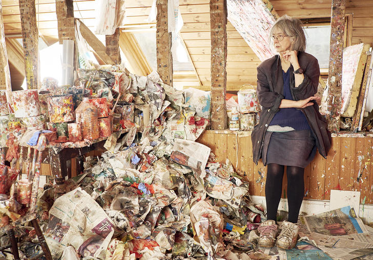 An image of Rose Wylie in her studio