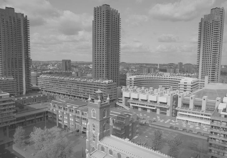 Photo of Barbican Centre and estate during construction