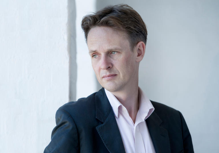 Ian Bostridge portrait close up