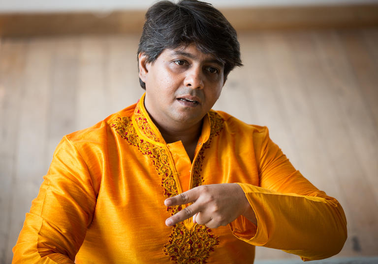 Omkar Dadarkar singing