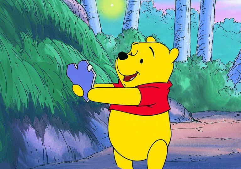 Winnie The Pooh Gets A Valentineu0027s Card