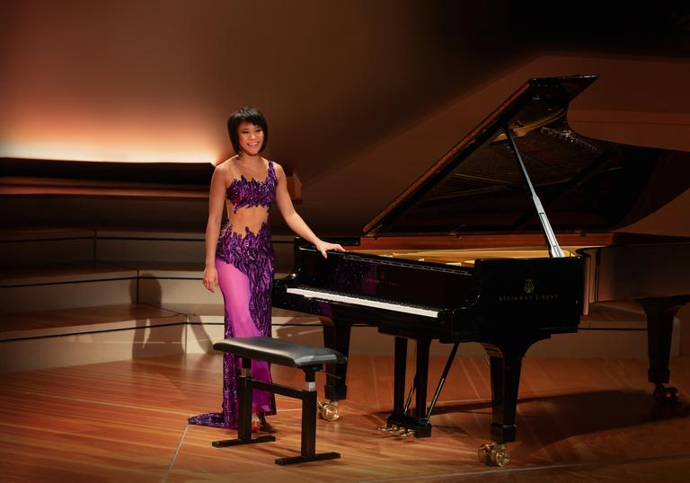 Yuja Wang purple dress