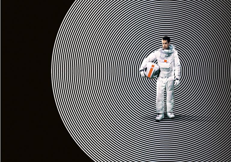 Cover image for Moon