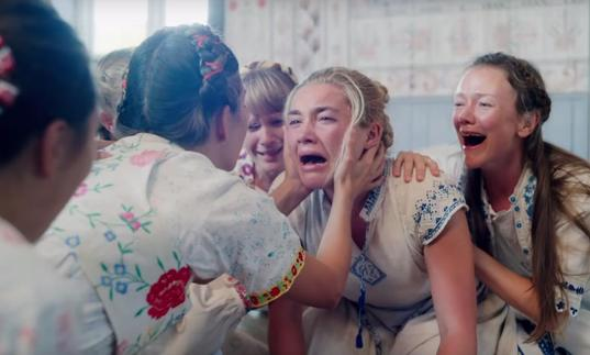 Florence Pugh in Midsommar
